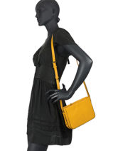 Shoulder Bag Balade Leather Etrier Yellow balade EBAL05-vue-porte