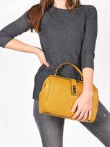 Medium Top Handle Balade Leather Etrier Yellow balade EBAL09-vue-porte