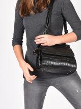 Leather Darwin Crossbody Bag Etrier Black darwin EDAR10-vue-porte