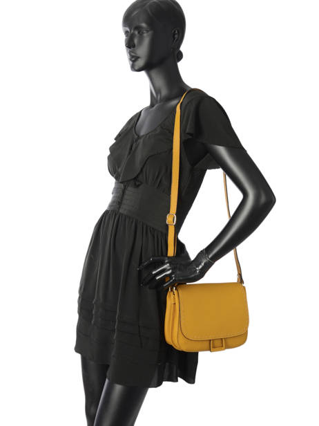 Crossbody Bag Tradition Leather Etrier Yellow tradition EHER023 other view 2